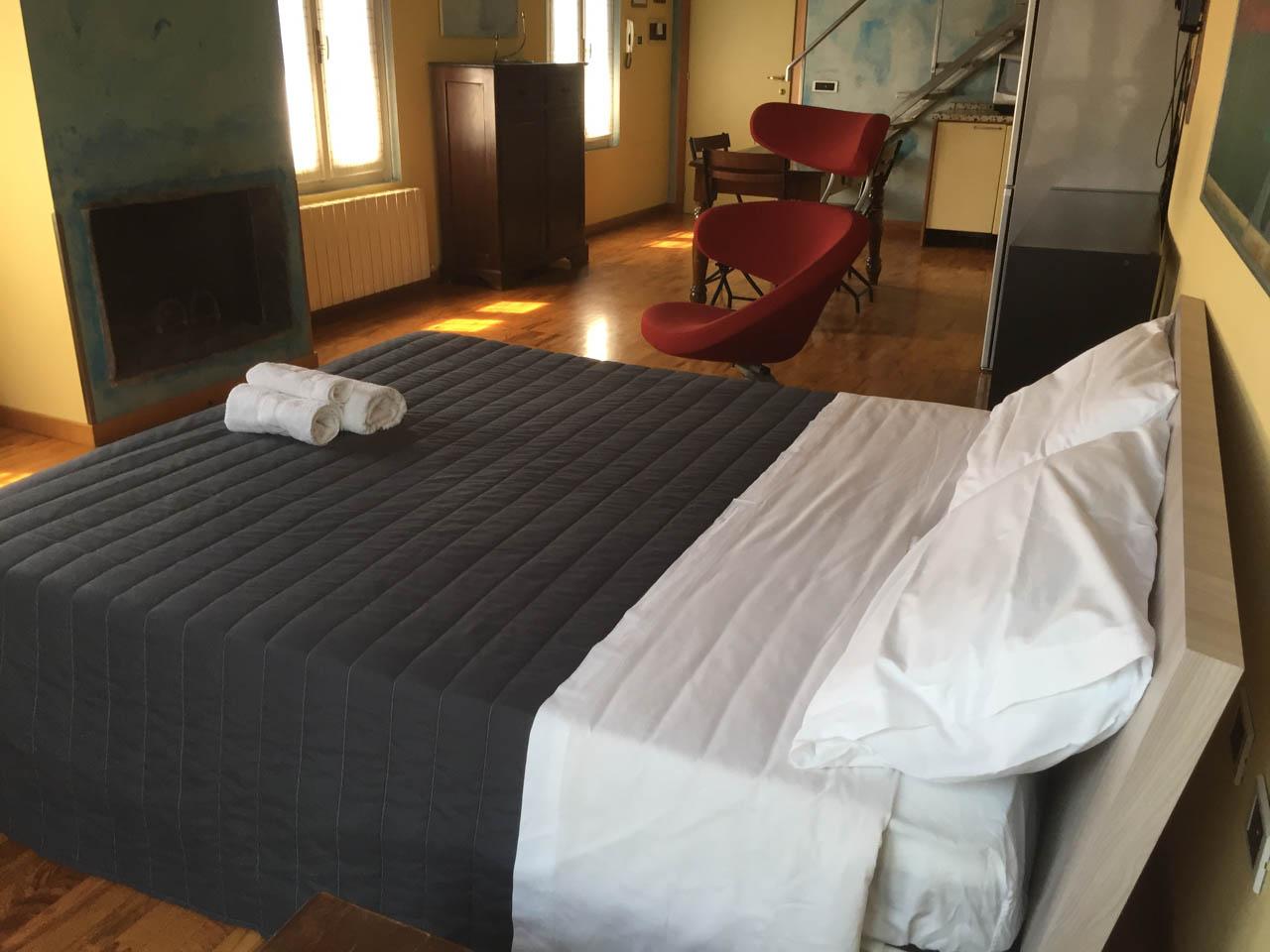 bed-and-breakfast-treviglio-camera-cielo-0004